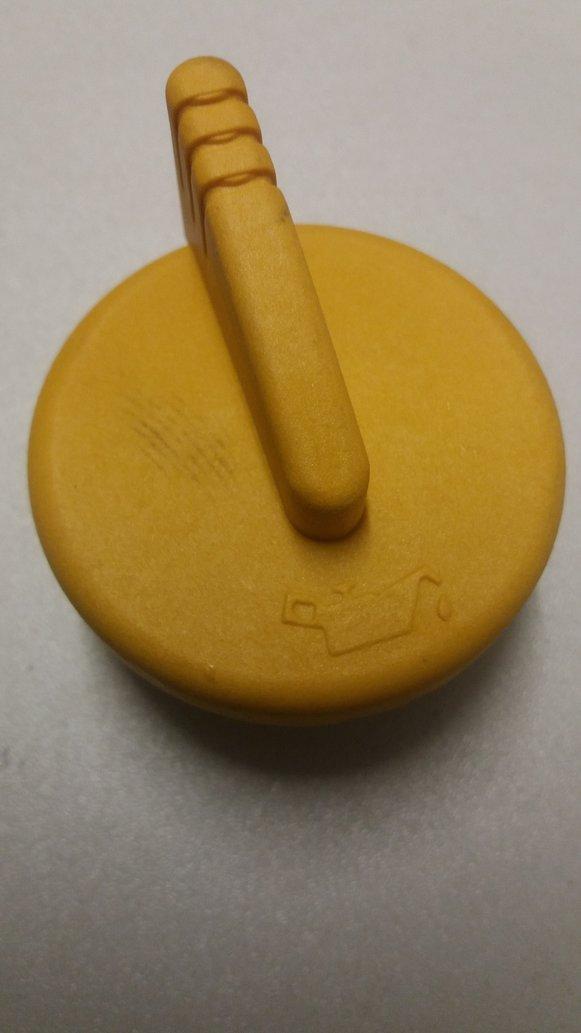 Renault Oil Filler Cap