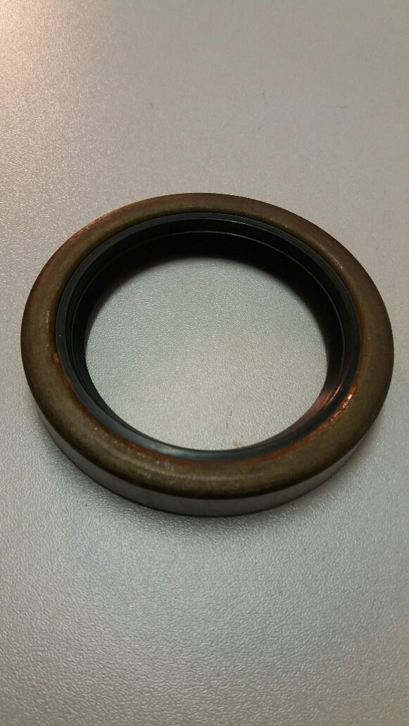 Ford V4 & V6 front crank shaft oil seal