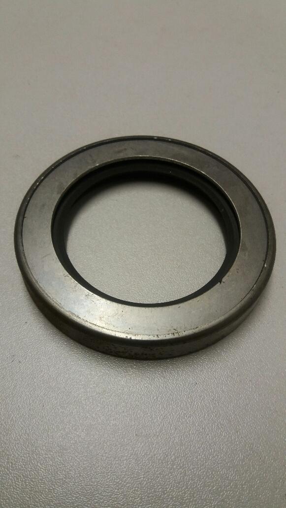 Hyundai Lantra front crankshaft oil seal