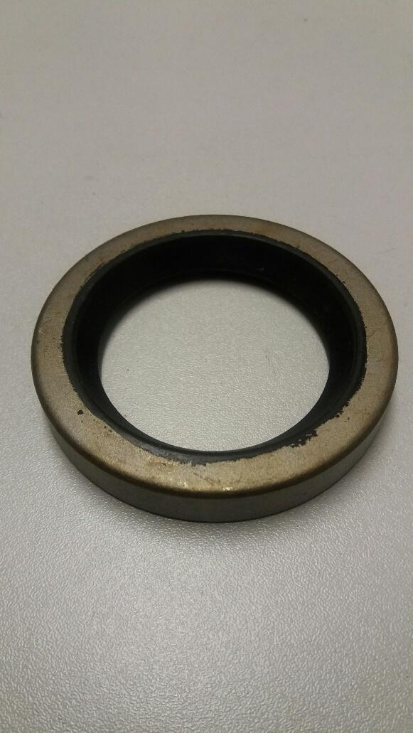 Vauxhall Viva front camshaft oil seal