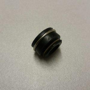 """Rover 1.7 """"O"""" Series engine valve stem seals"""