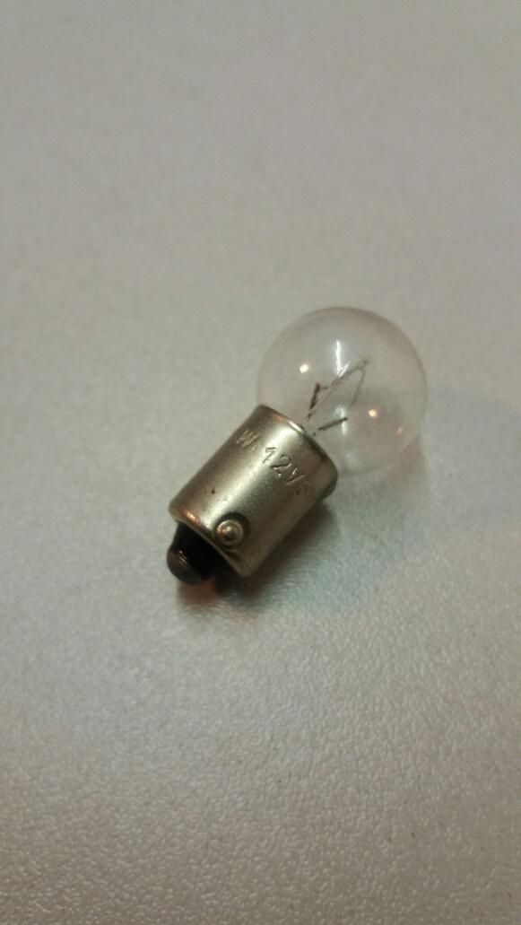 989 12v 4w bulb