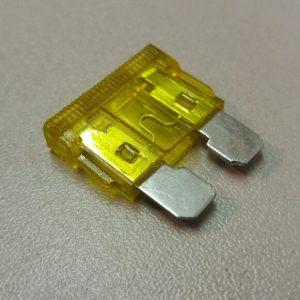 20 amp standard blade fuse